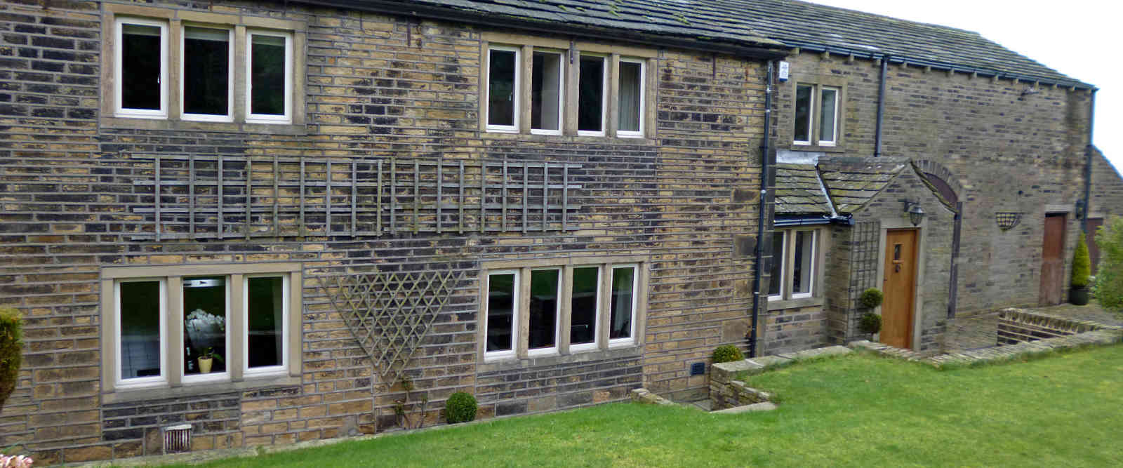 listed farmhouse with replacement aluminium windows